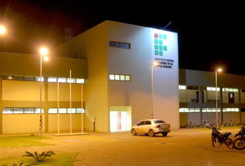 IFMS abre 200 vagas para especialização em cinco municípios