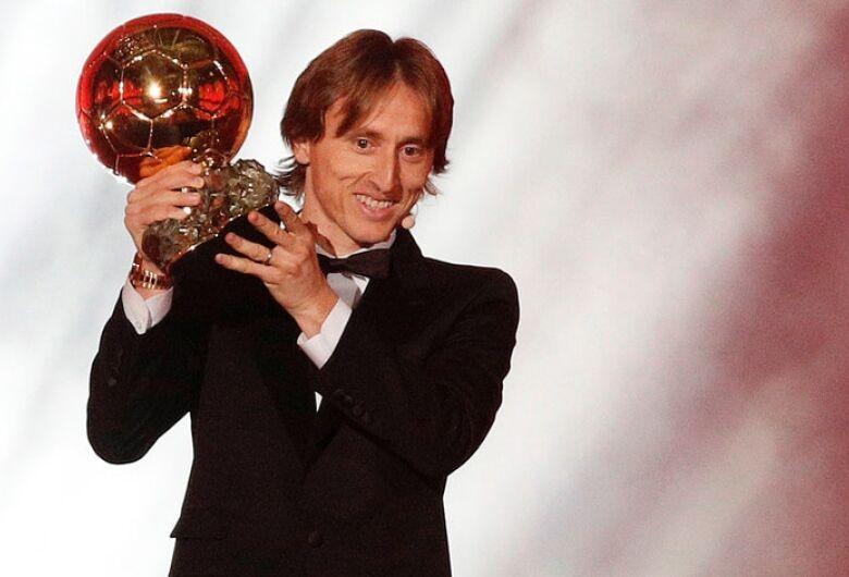 Modric ganha Bola de Ouro 2018 e põe fim a domínio Messi-Cristiano Ronaldo