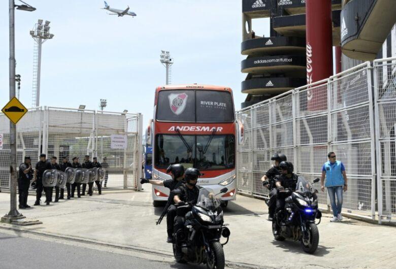 River e Boca iniciam preparação para inesperada final em Madri