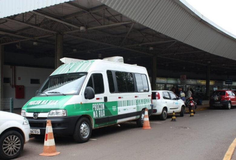 Operação do Procon Estadual fiscaliza concessão de gratuidade em ônibus