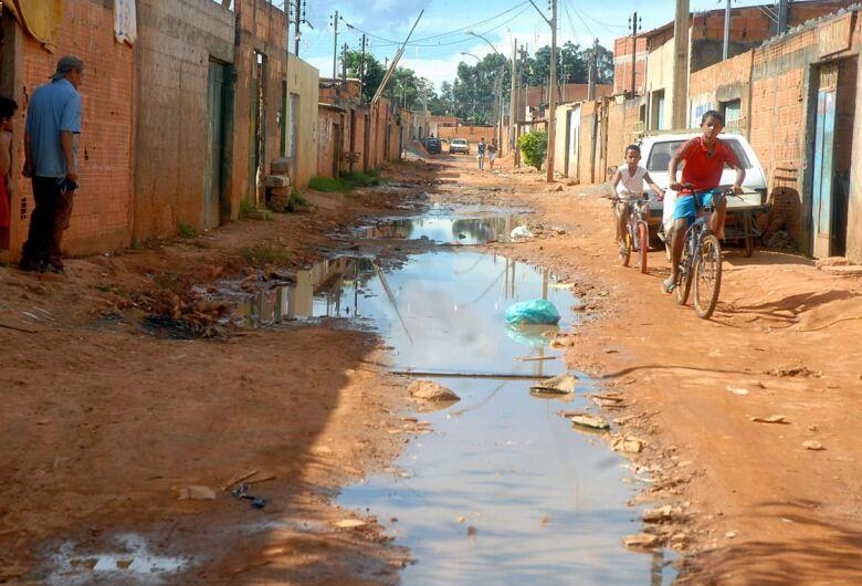 Extrema pobreza aumenta e chega a 15,2 milhões de pessoas em 2017