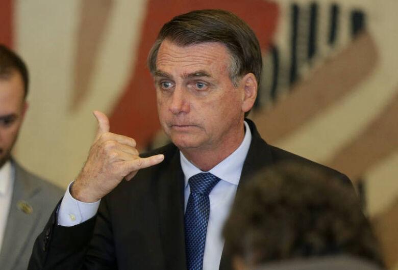 Bolsonaro viaja a SP para retirada de bolsa de colostomia