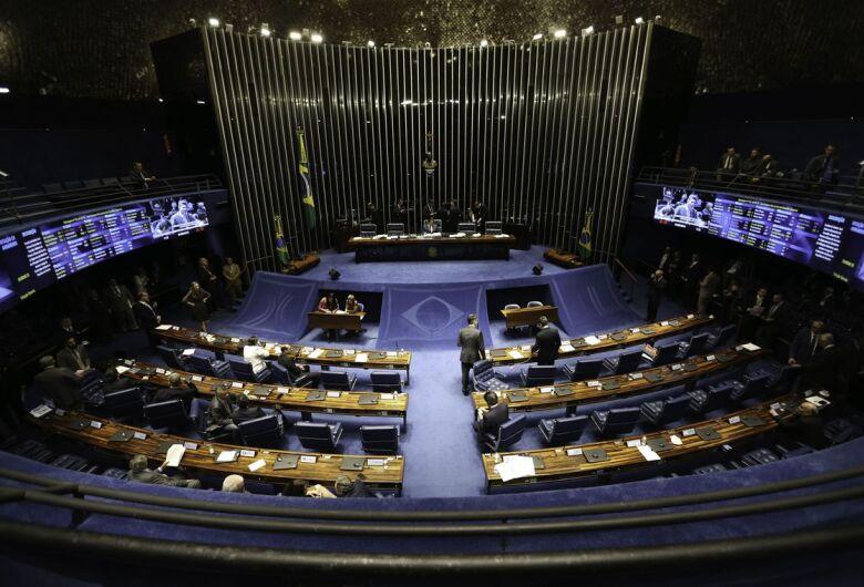 Câmara e Senado estão prontos para eleições internas e posses