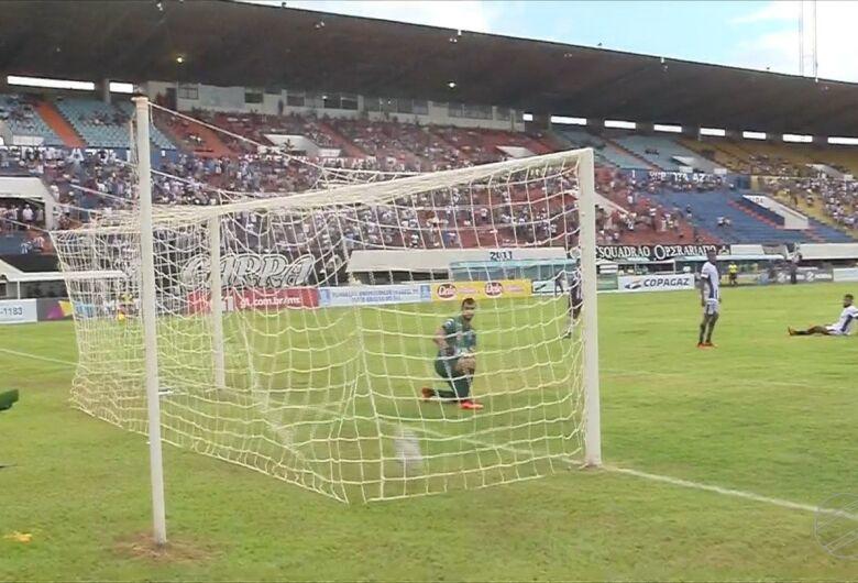Operário vence Corumbaense por 2 a 0 no Morenão