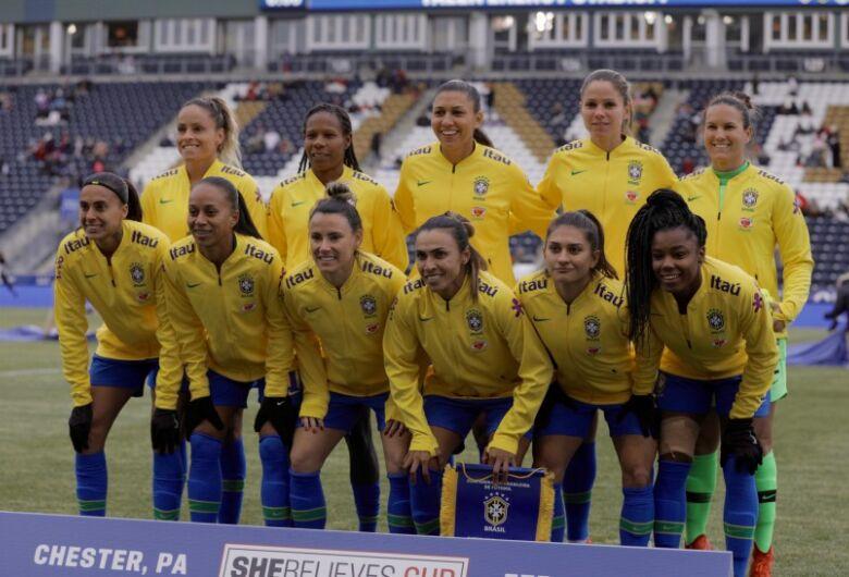 Seleção feminina é superada pela Inglaterra no Torneio She Believes