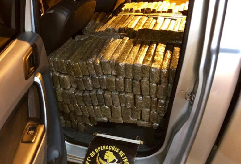 DOF recupera roubado e carregado com quase meia tonelada de droga