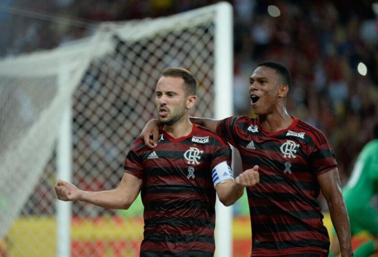 Fla vence o clássico e se garante na decisão da Taça Rio