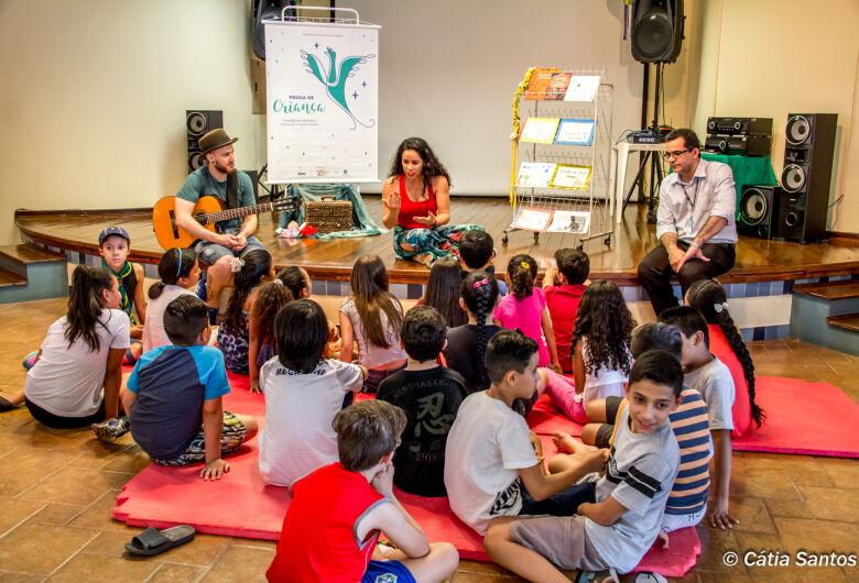 Influência da cultura indígena em Dourados é destaque no livro Prosa de Criança