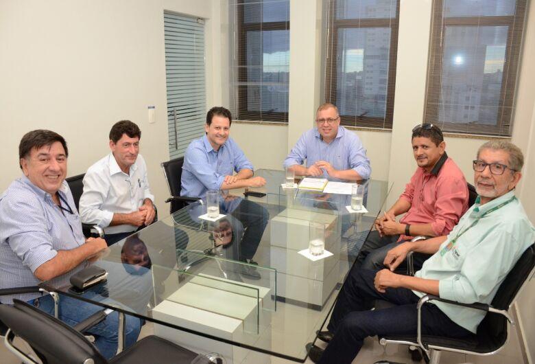 Renato Câmara pede apoio de Tereza Cristina contra  normativa que prejudica 8 mil produtores de mandioca