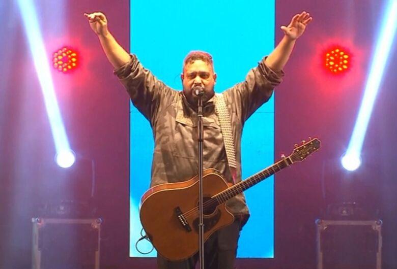 Fernandinho será atração gospel nesta quarta-feira na 55ª Expoagro