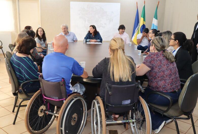 Délia dá posse a Conselho Municipal dos Direitos da Pessoa com Deficiência Física