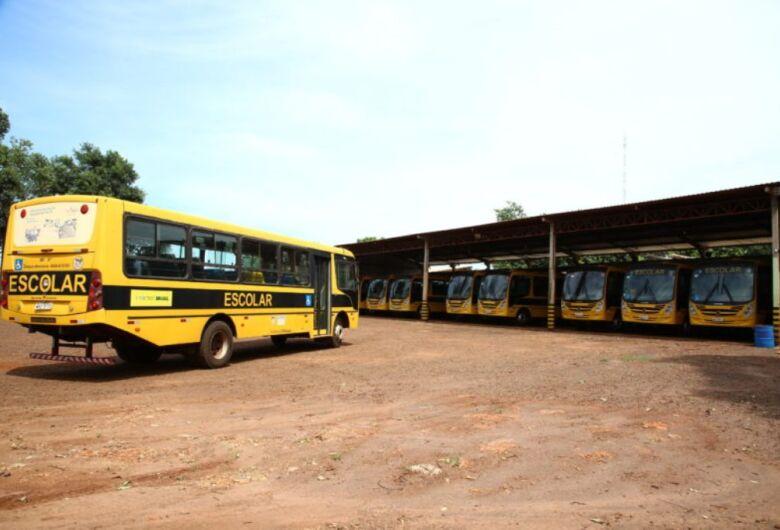 Ônibus escolares voltam a circular após três dias