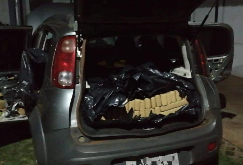 Paraguaio é preso com carro carregado com maconha em Dourados