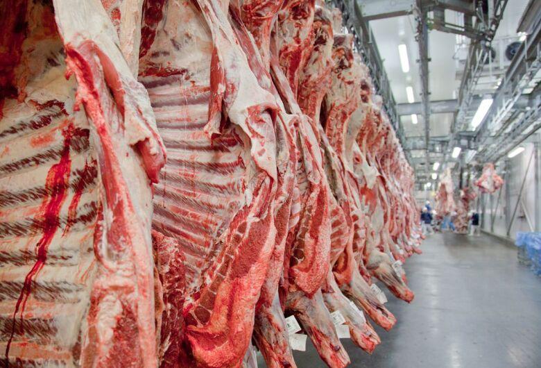 Após suspensão, Brasil aguarda autorização para voltar a exportar carne para a China