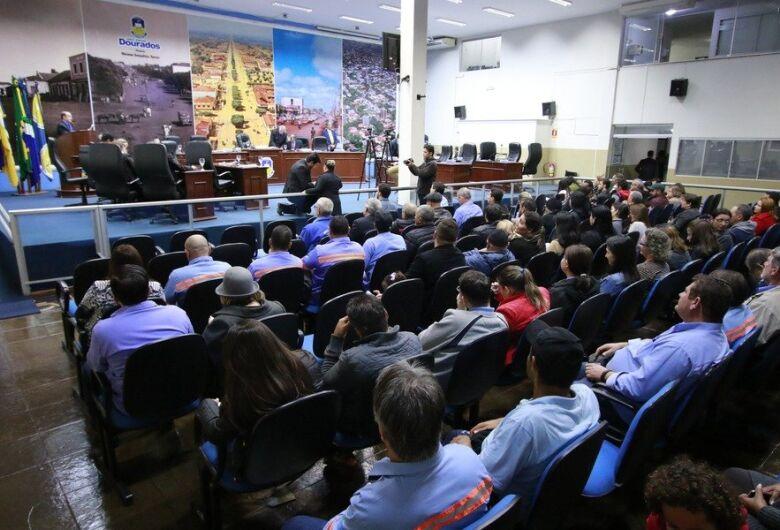Câmara autoriza prefeitura renovar contrato com a Sanesul sem licitação