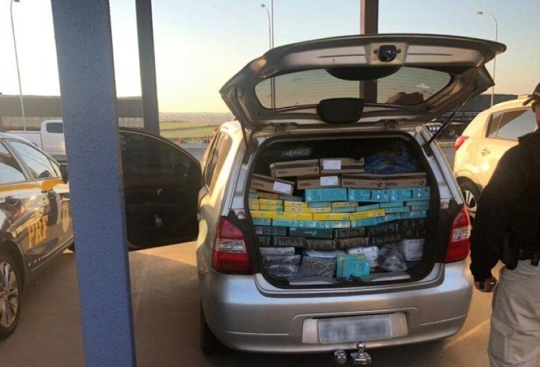 Veículo é apreendido com centenas de equipamentos eletrônicos do Paraguai