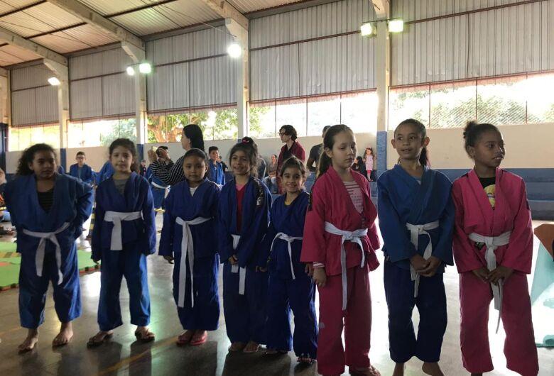 Festival de Judô movimentou Escola Bernardina Correa
