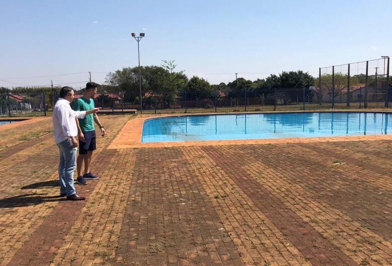 Jorjão abre na segunda-feira as matrículas para as aulas de natação e hidroginástica