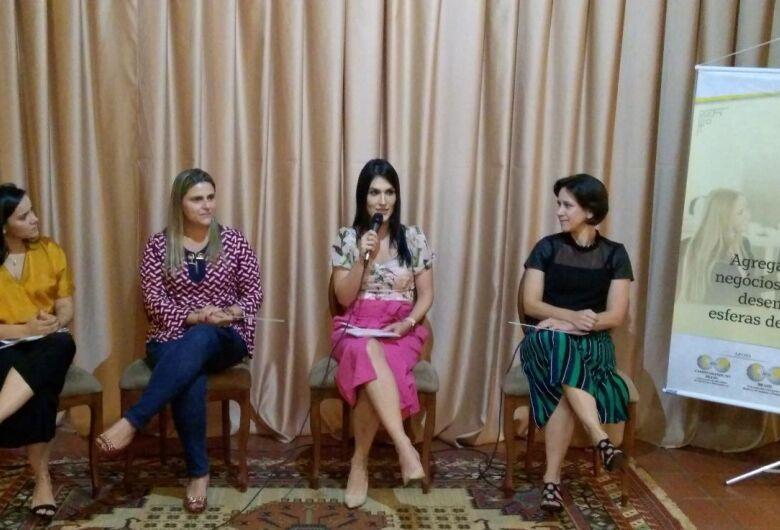 Mães Empreendedoras fala sobre como conciliar carreira e maternidade