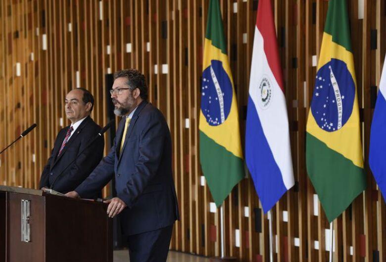Brasil e Paraguai anunciam negociação de acordo automotivo