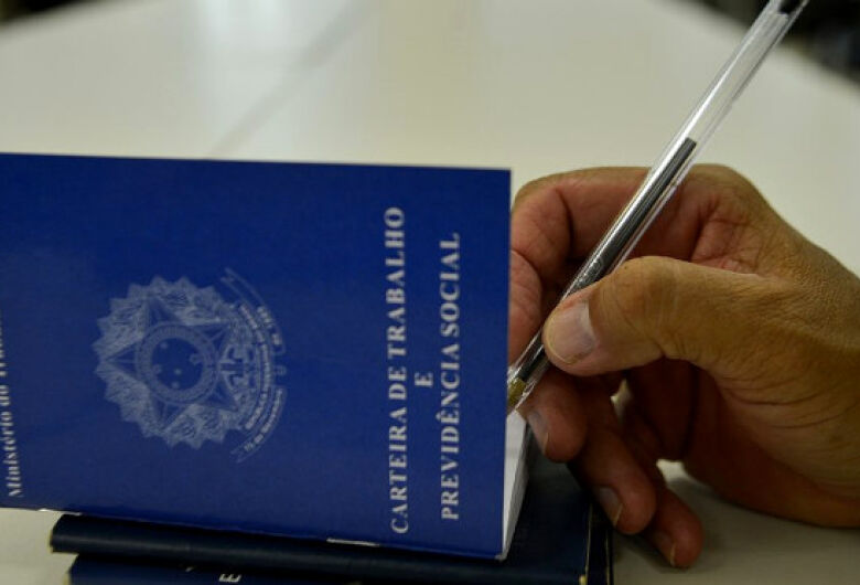 Dourados e Itaquiraí são municípios com maior número de vagas de emprego na semana