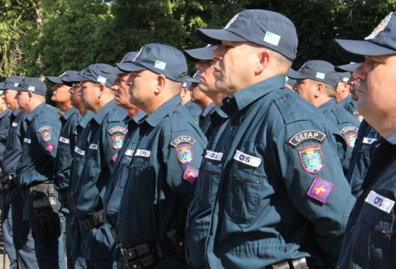 Governo publica 850 promoções das polícias nesta terça-feira