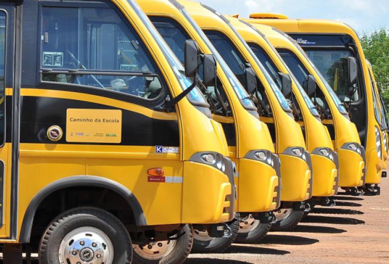 Prefeitura de Dourados reabre licitação para manutenção dos ônibus escolares