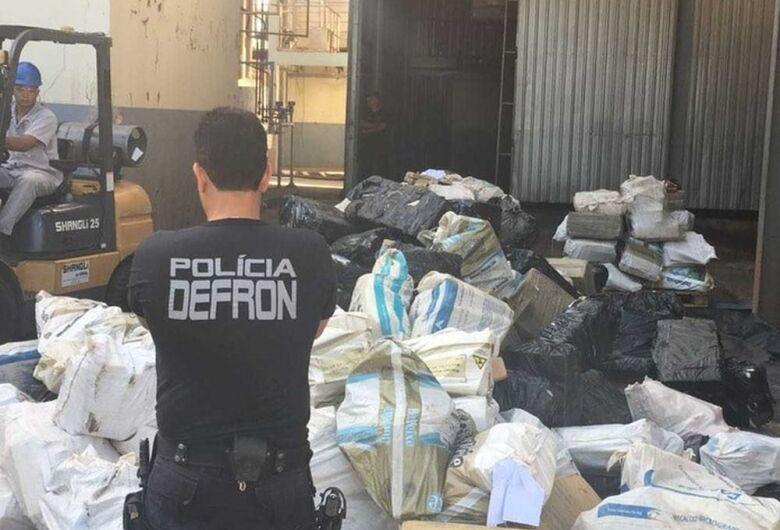 Polícia incinera em MS 18,3 toneladas de drogas apreendidas este ano