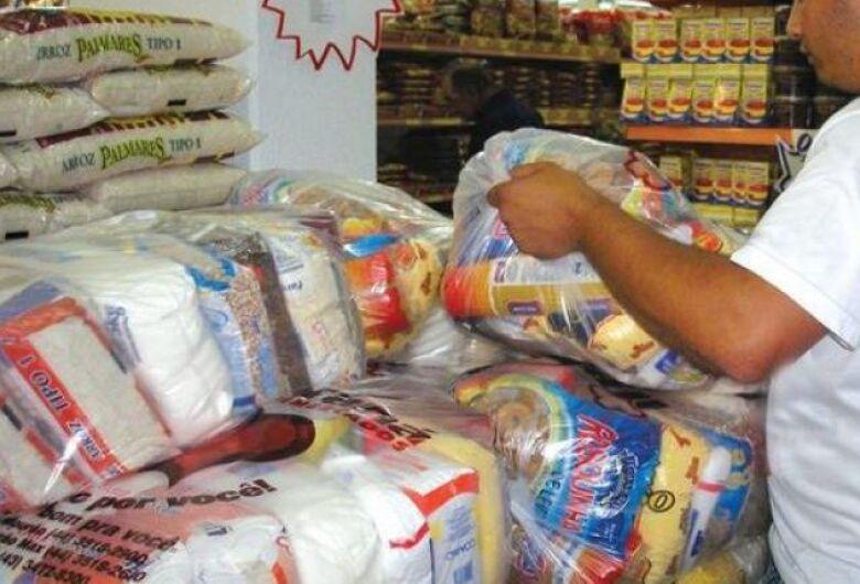 Natal sem Fome pretende arrecadar 2 mil toneladas de alimentos