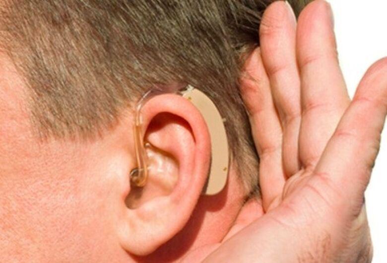 País tem 10,7 milhões de pessoas com deficiência auditiva, diz estudo