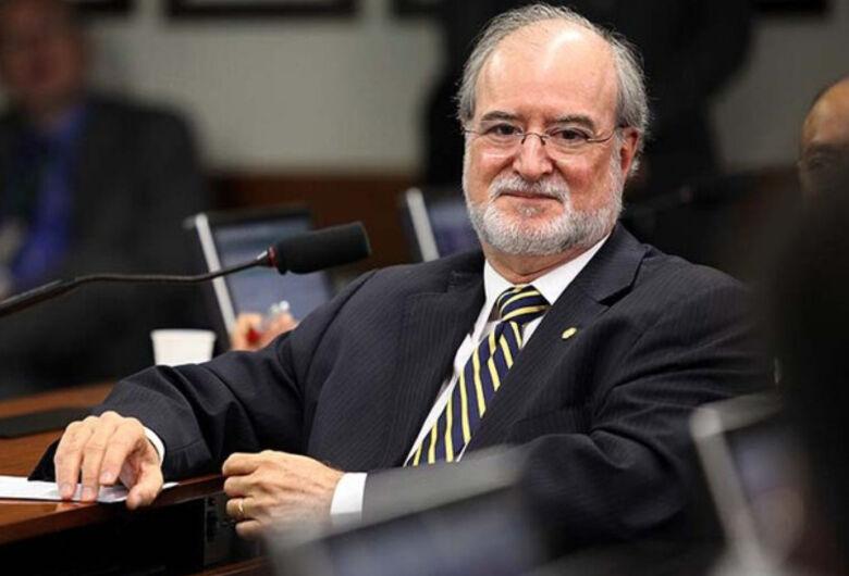 Justiça de MG concede alvará de soltura para ex-governador Eduardo Azeredo