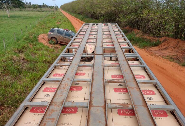 Caminhão boiadeiro é apreendido com 35 mil pacotes de cigarros contrabandeados do Paraguai