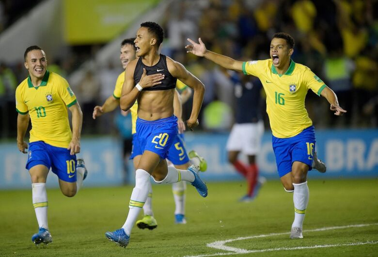 Brasil consegui virada incrível sobre a França e vai à final do Mundial Sub-17