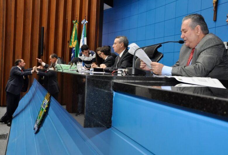 Deputados aprovam projeto do Refis que vai oferecer  descontos de até 95% das multas com o fisco