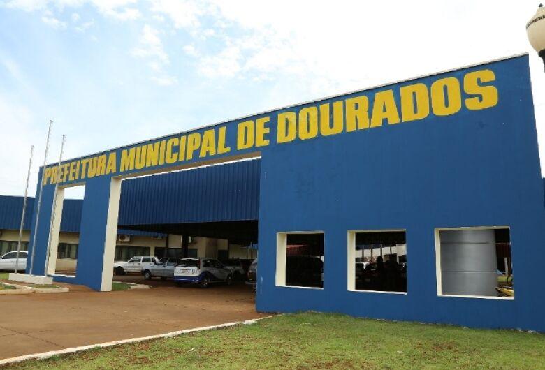 """Prefeitura de Dourados anuncia atraso para mais de 1,5 mil servidores com """"super salários"""""""