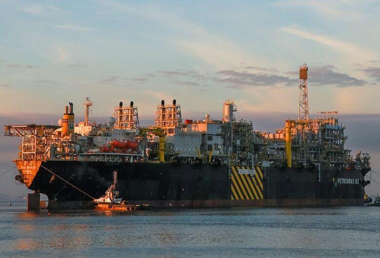 Dourados receberá quase R$ 4 milhões do leilão do petróleo