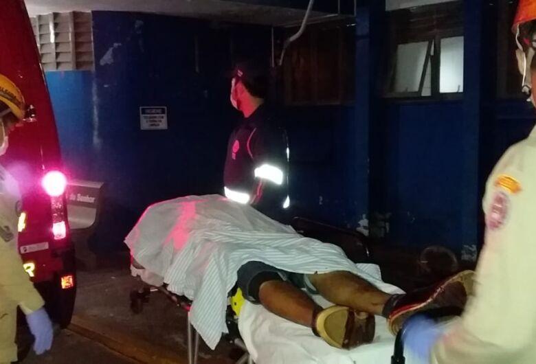 Homem é morto a tiros em frente bar em Dourados