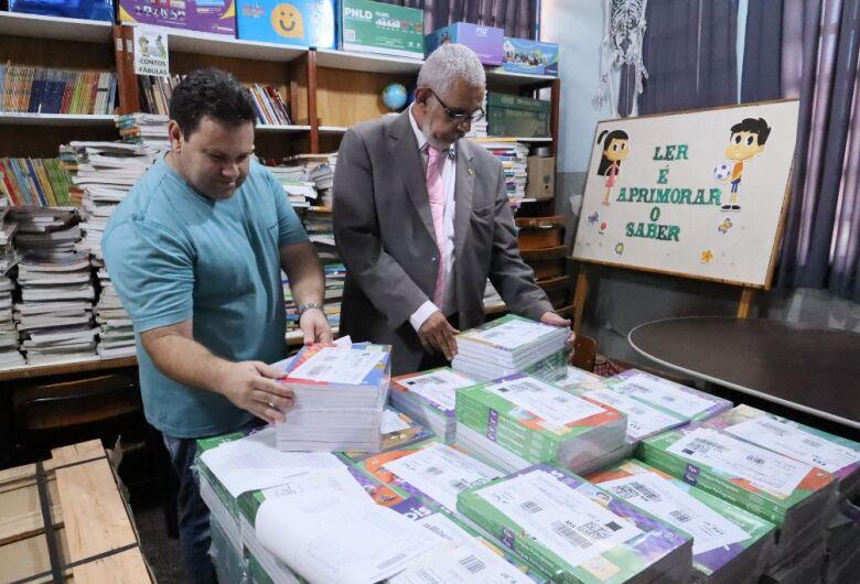 Escolas da Reme recebem livros didáticos