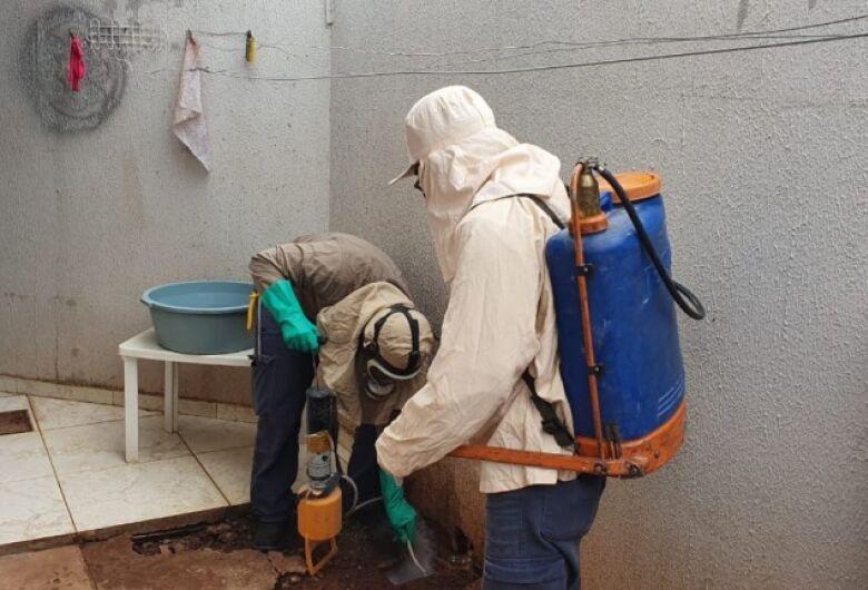 CCZ da capital visita casas e dão dicas sobre prevenções de ataques de escorpiões