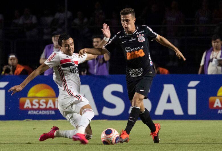 Clássico prova que já há um novo Corinthians e Tiago Nunes se arma contra críticas