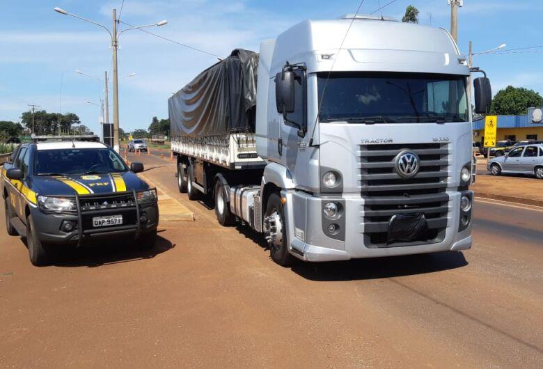 PRF de Dourados apreende 2,4 toneladas de agrotóxico; carga avaliada em R$ 1,9 milhão