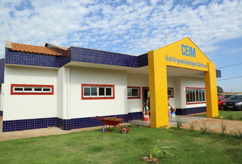 Deputado adverte a falta de planejamento na educação em Dourados