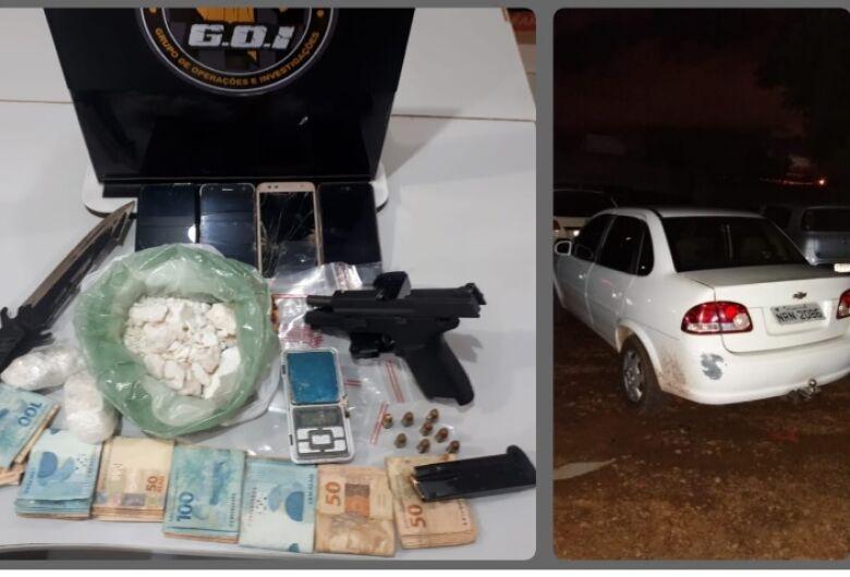 Homem é flagrado com cocaína, arma e R$ 8 mil em espécie