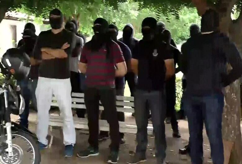 Com policiais em motim, Ceará registra 51 assassinatos em 48 horas