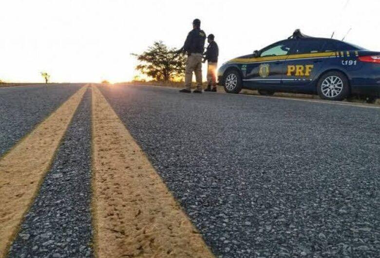 PRF flagra mais de duas mil ultrapassagens proibidas em rodovias federais