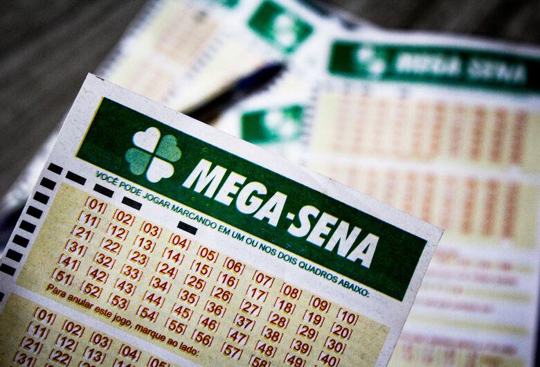 Mega-Sena: prêmio acumula e pode pagar R$ 2,5 milhões neste sábado