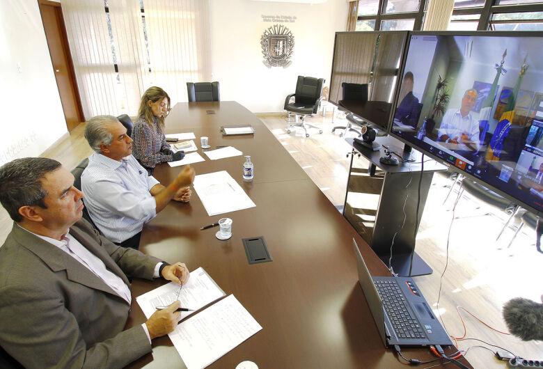 Durante Fórum, Reinaldo defende união nacional para combater avanço do coronavírus