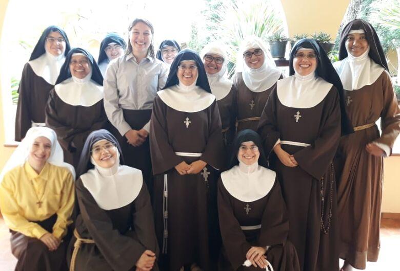 Irmãs Clarissas de Dourados enviam mensagem de fé