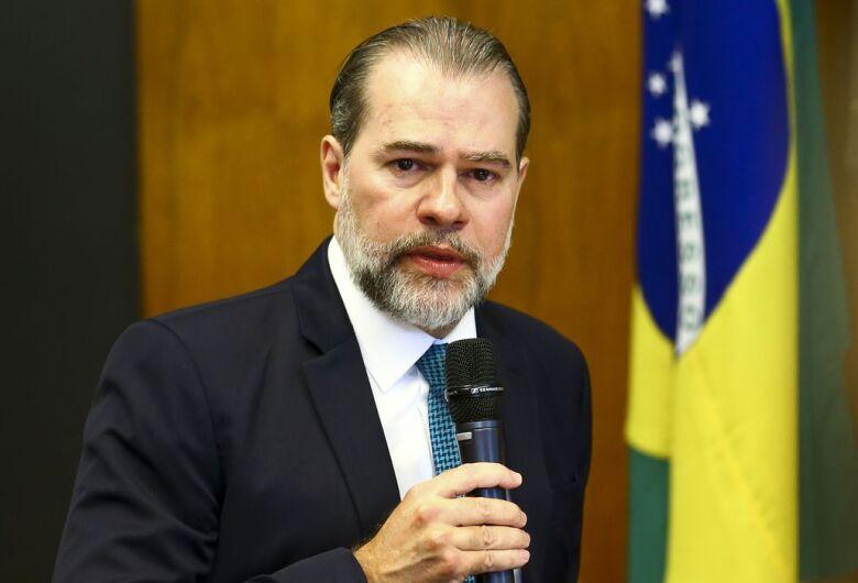 """Toffoli defende saída """"diagonal"""" para isolamento por novo coronavírus"""