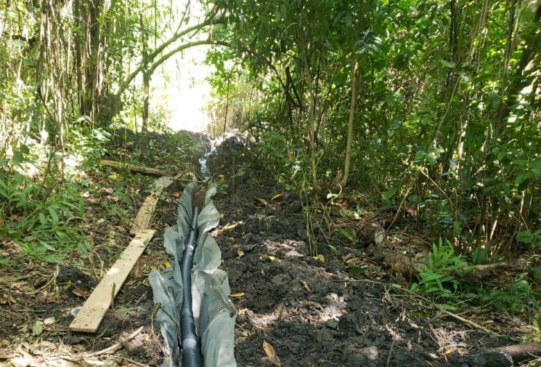 Infrator é autuado em R$ 8 mil por degradação de nascentes para desviar água para sua propriedade